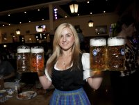 Hofbrauhaus-Rosemont-Server-credit-Johnny-Knight.jpg