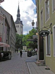 TallinnStreet2.jpg