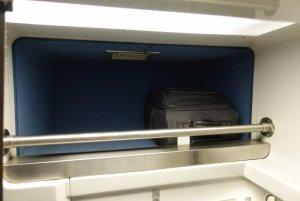 Viewliner roomette storage space DSC01009.JPG