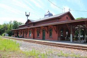 Waterbury_Amtrak_Station.jpg
