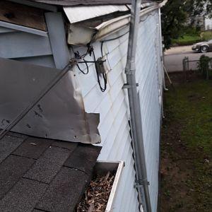 2210 Roof line